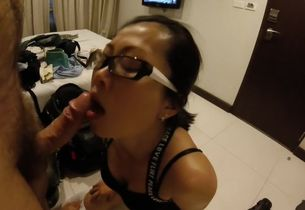 Thailand biotch  penis in motel..