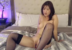 Japanese stunner in tights fetish