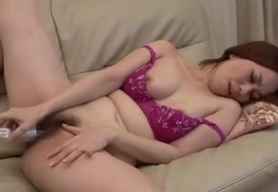 Mature Chinese Mommy Enjoys to Arch..